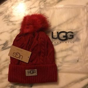 ❤️ Cable Knit UGG Beanie w/ Fleece Lining ❤️